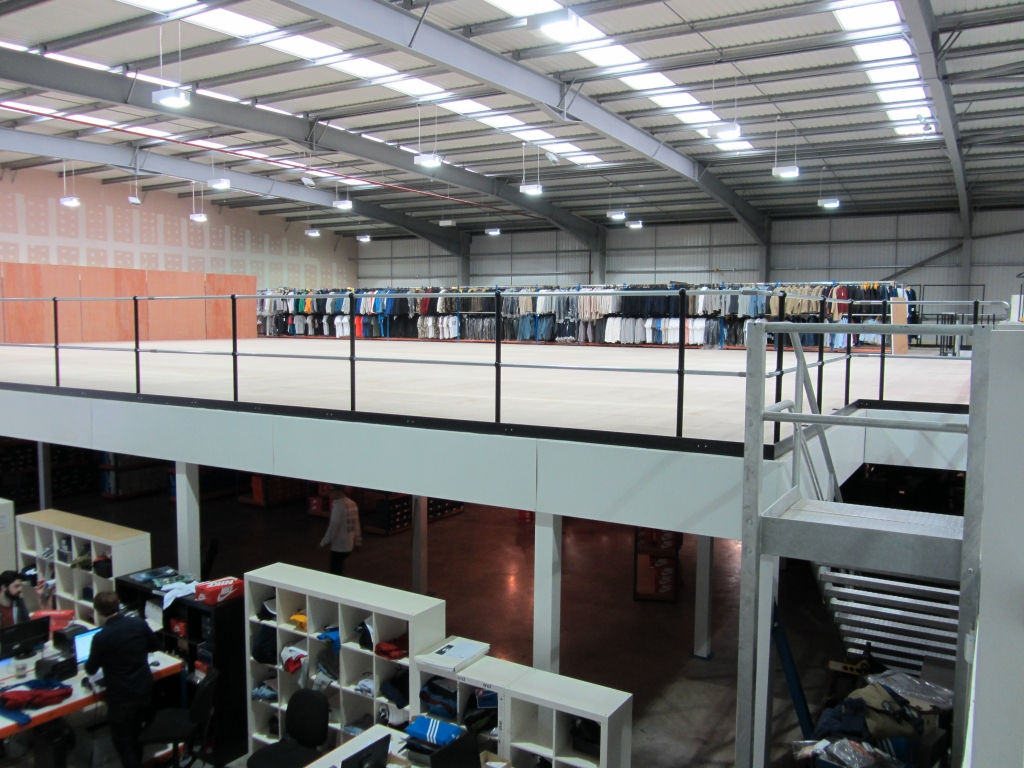 how to maximise warehouse space